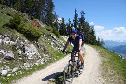 Ein Radfahrer am Bodensee