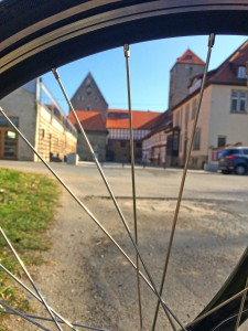 Der Haseuferweg führt von Osnabrück aus direkt in die Natur. Foto: djd/OMT GmbH/Klaus Herzmann